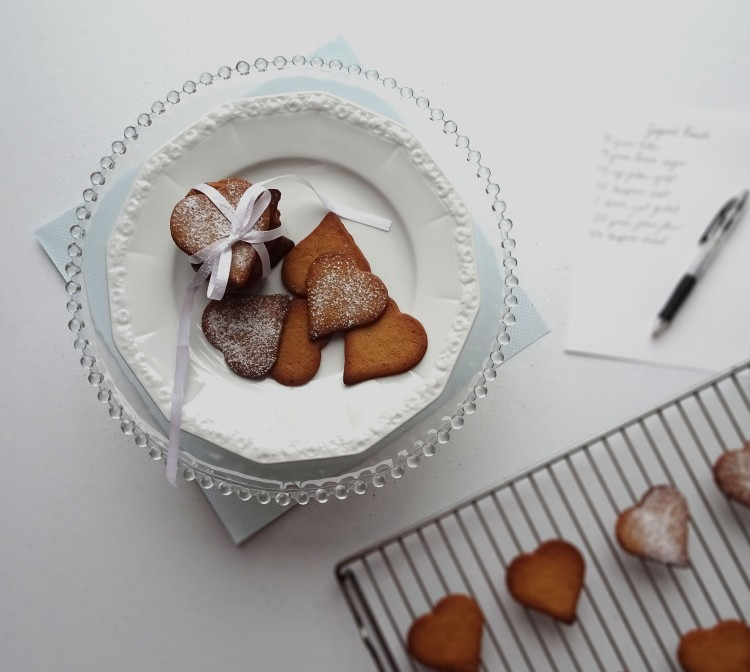 Gingernut biscuits 6.3